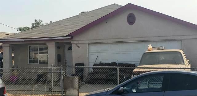 996 E Samson Avenue, Fresno, CA 93706 (#549703) :: Dehlan Group