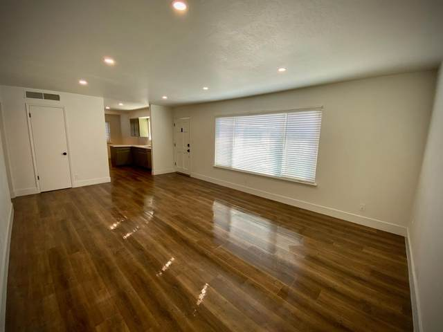 5085 N Roosevelt Avenue #8, Fresno, CA 93704 (#549772) :: FresYes Realty