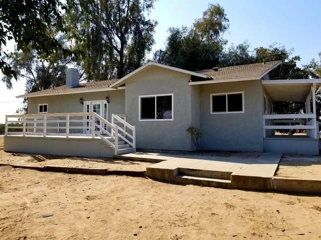 16310 E Rose Avenue, Reedley, CA 93654 (#549794) :: Dehlan Group