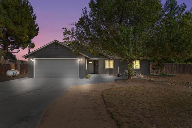 22025 Melrose Court, Madera, CA 93638 (#549818) :: Raymer Realty Group
