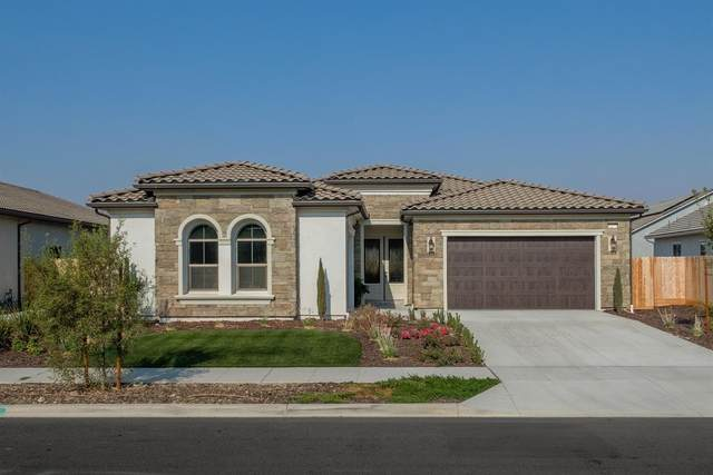 11277 N Alicante Drive, Fresno, CA 93730 (#549819) :: Raymer Realty Group