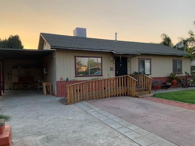 221 Peck Colony Road, Reedley, CA 93654 (#549851) :: Dehlan Group