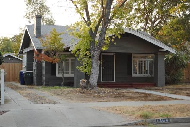 1349 N Adoline Avenue, Fresno, CA 93728 (#549855) :: FresYes Realty