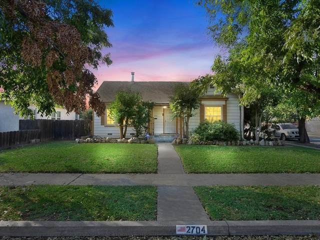 2704 E Michigan Avenue, Fresno, CA 93703 (#549876) :: Your Fresno Realty | RE/MAX Gold