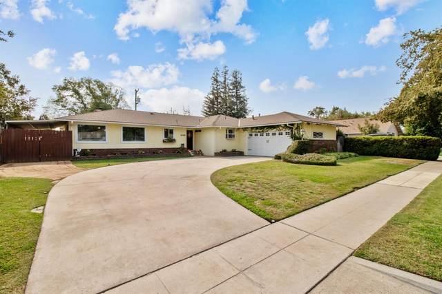 1019 W Norwich Avenue, Fresno, CA 93705 (#549900) :: Dehlan Group