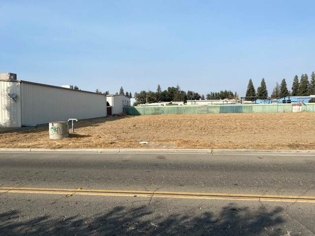 0 Clinton Avenue, Fresno, CA 93727 (#549928) :: Dehlan Group