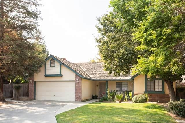 1211 N Jeffrey Drive, Dinuba, CA 93618 (#550063) :: Dehlan Group
