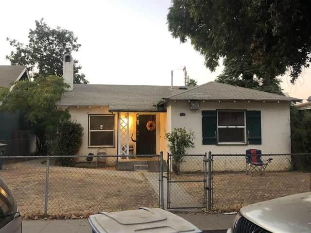 2518 E Madison Avenue, Fresno, CA 92701 (#550084) :: Dehlan Group