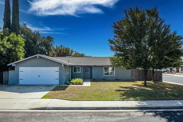 1448 Ashcroft Avenue, Clovis, CA 93611 (#550099) :: Raymer Realty Group