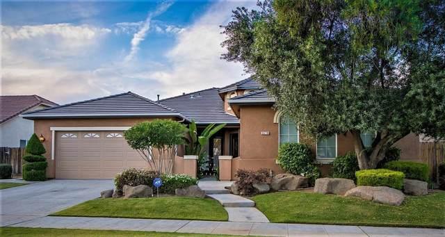 2479 Warner Avenue, Clovis, CA 93611 (#550122) :: Raymer Realty Group