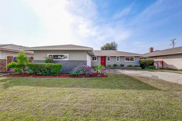 3928 E Fedora Avenue, Fresno, CA 93726 (#550186) :: Dehlan Group