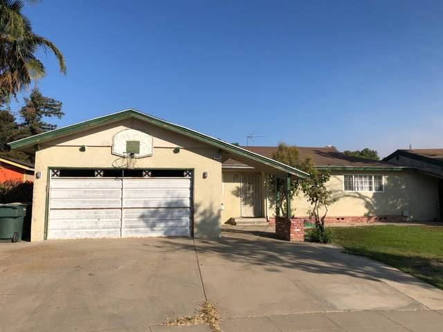 6685 N Wolters Avenue, Fresno, CA 93710 (#550264) :: Dehlan Group