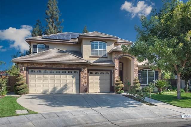 1938 E Warwick Avenue, Fresno, CA 93720 (#550807) :: Raymer Realty Group