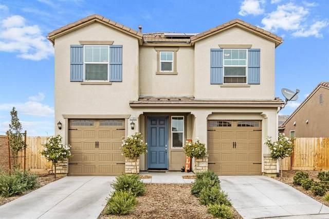 2205 Lombard Lane, Clovis, CA 93619 (#551295) :: Raymer Realty Group
