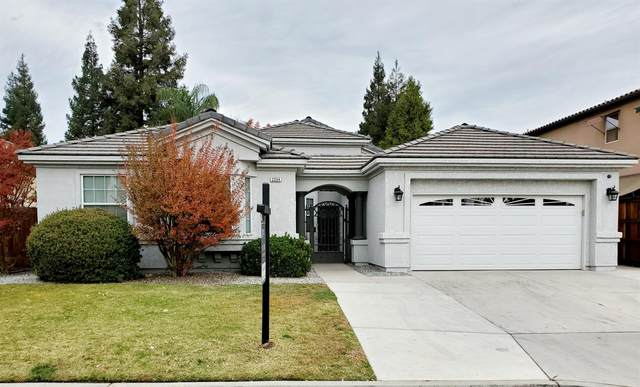 2254 E Eclipse Avenue, Fresno, CA 93720 (#551299) :: FresYes Realty