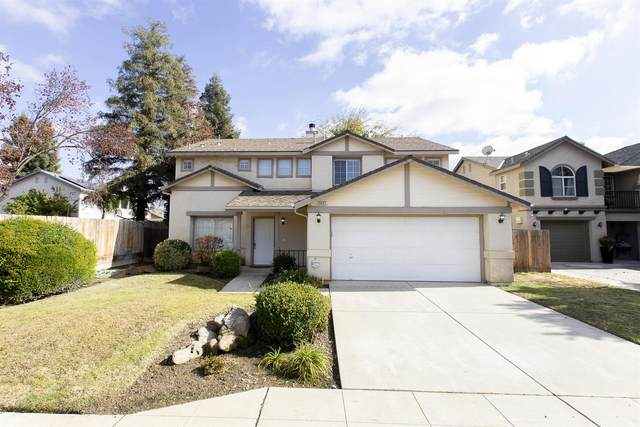 3407 Greenfield Avenue, Clovis, CA 93611 (#551366) :: Raymer Realty Group