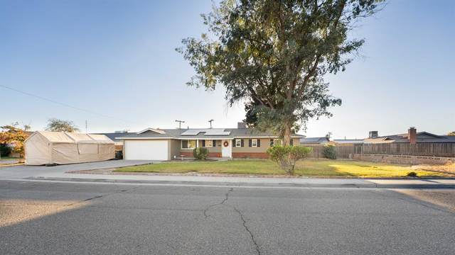 351 W Spring Lane, Lemoore, CA 93245 (#551426) :: FresYes Realty