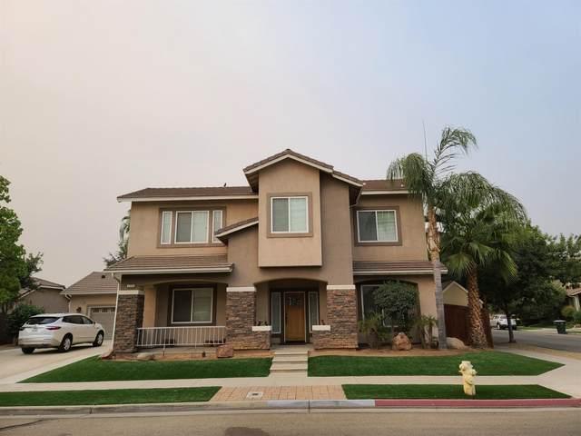 2354 E Washington Avenue, Reedley, CA 93654 (#551436) :: FresYes Realty