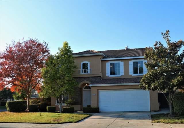 7537 N Vista Avenue, Fresno, CA 93722 (#551507) :: FresYes Realty