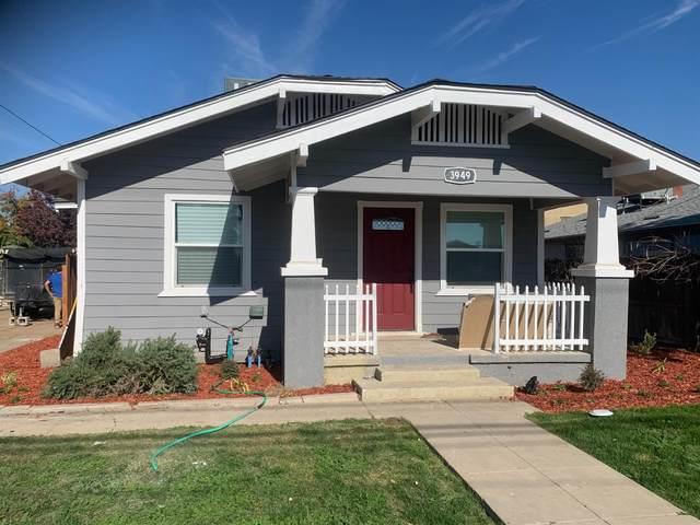 3949 E Dwight Way, Fresno, CA 93702 (#551514) :: FresYes Realty