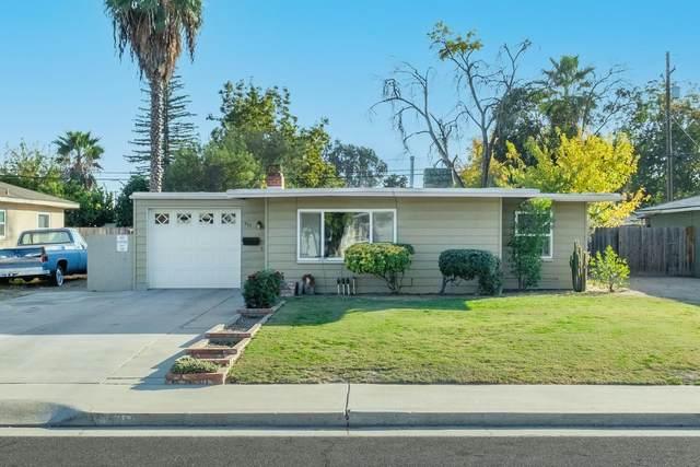 931 W Cambridge Avenue, Fresno, CA 93705 (#551562) :: FresYes Realty