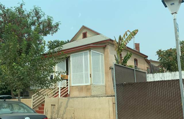 820 C Street, Fresno, CA 93706 (#551582) :: Realty Concepts