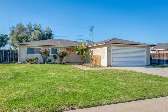 3218 Claremont Avenue, Clovis, CA 93611 (#551747) :: Raymer Realty Group