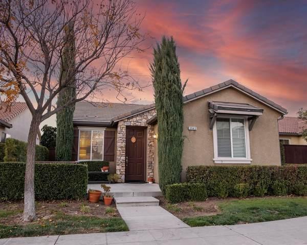 3945 Richmond Avenue, Clovis, CA 93619 (#551784) :: Your Fresno Realty | RE/MAX Gold