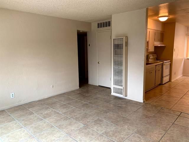 2025 E White Avenue, Fresno, CA 93701 (#552201) :: Your Fresno Realty   RE/MAX Gold