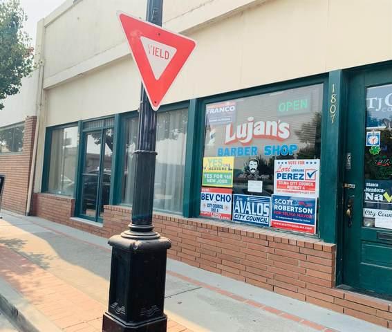 1801 Tucker Street, Selma, CA 93662 (#552256) :: Your Fresno Realty   RE/MAX Gold