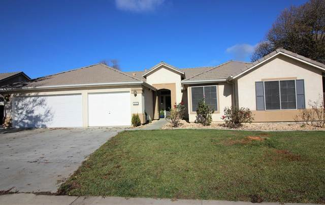 930 W Pepper, Hanford, CA 93230 (#552308) :: Your Fresno Realty   RE/MAX Gold