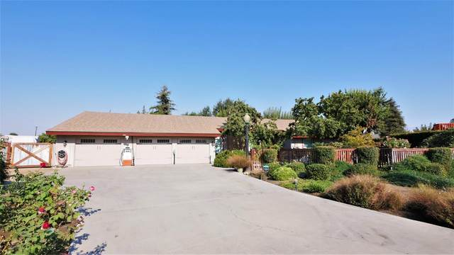 113 2nd Street, Clovis, CA 93612 (#552757) :: Your Fresno Realty | RE/MAX Gold