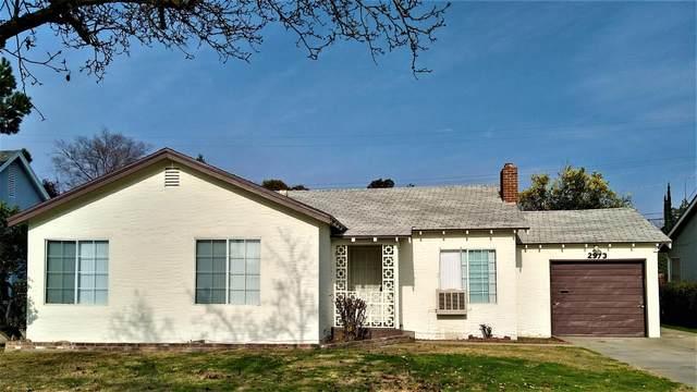 2973 E Cornell Avenue, Fresno, CA 93703 (#552952) :: Your Fresno Realty | RE/MAX Gold