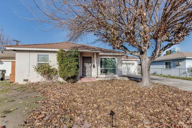 3817 Maywood Drive N, Fresno, CA 93703 (#552970) :: Your Fresno Realty | RE/MAX Gold