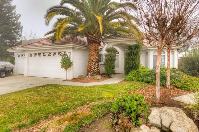 8526 N Meridian Avenue, Fresno, CA 93720 (#553125) :: FresYes Realty