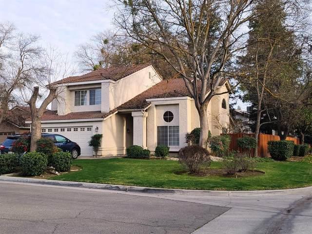 9568 N Keystone Court, Fresno, CA 93720 (#553154) :: FresYes Realty