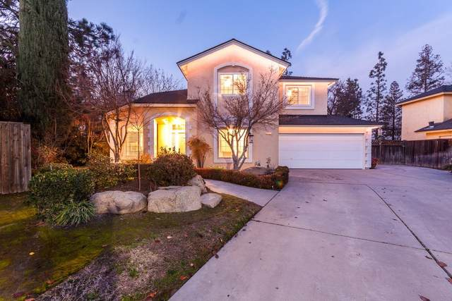 10727 N Seal Cove, Fresno, CA 93730 (#553262) :: Realty Concepts