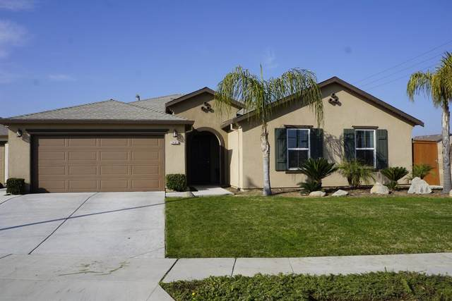 2402 S Lind Avenue, Fresno, CA 93725 (#553316) :: Your Fresno Realty | RE/MAX Gold