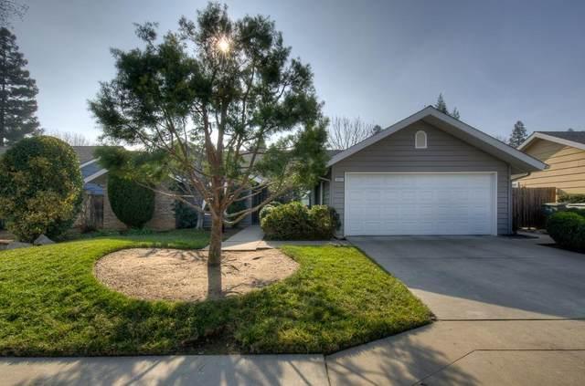 1057 E Everett Avenue, Fresno, CA 93720 (#553318) :: FresYes Realty