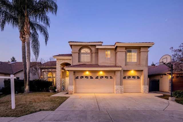 2018 E Lester Avenue, Fresno, CA 93720 (#553393) :: Raymer Realty Group