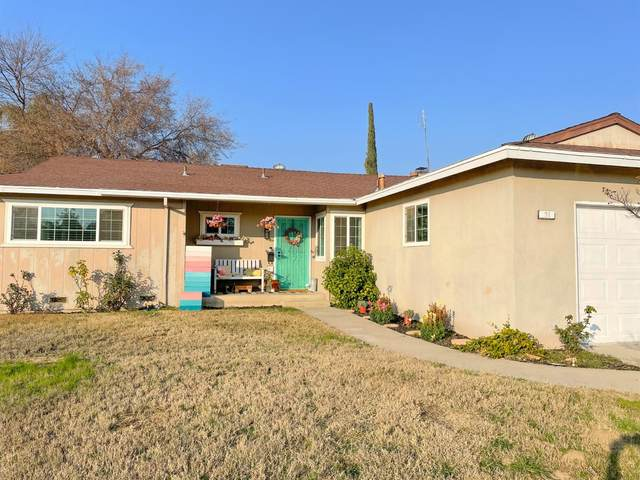 51 W National Avenue, Clovis, CA 93612 (#553408) :: Raymer Realty Group
