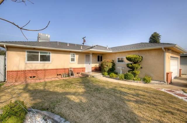 4045 E Bellaire Way, Fresno, CA 93726 (#553508) :: Your Fresno Realty | RE/MAX Gold