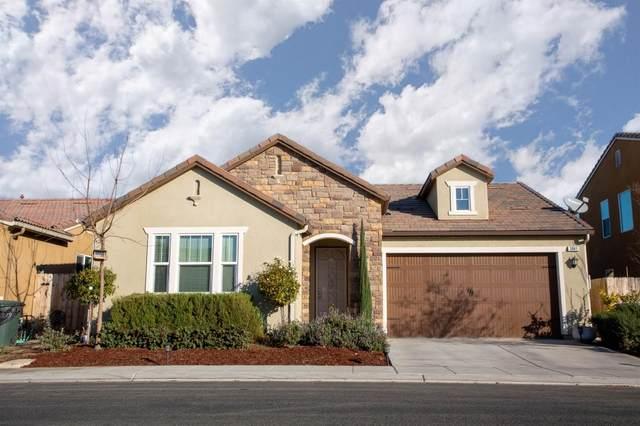3841 Joaquin Avenue, Clovis, CA 93619 (#553643) :: Your Fresno Realty | RE/MAX Gold