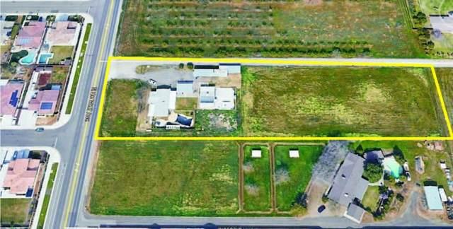 5740 N De Wolf Avenue, Clovis, CA 93619 (#553695) :: Your Fresno Realty | RE/MAX Gold
