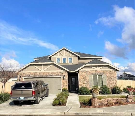 6814 E Robinson Avenue, Fresno, CA 93727 (#553711) :: Raymer Realty Group
