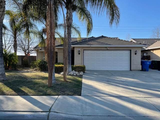 1941 Rawson Avenue, Sanger, CA 93657 (#553717) :: Raymer Realty Group