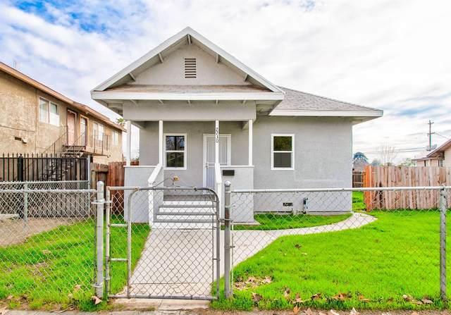 2230 E Tyler Avenue, Fresno, CA 93701 (#554471) :: Raymer Realty Group