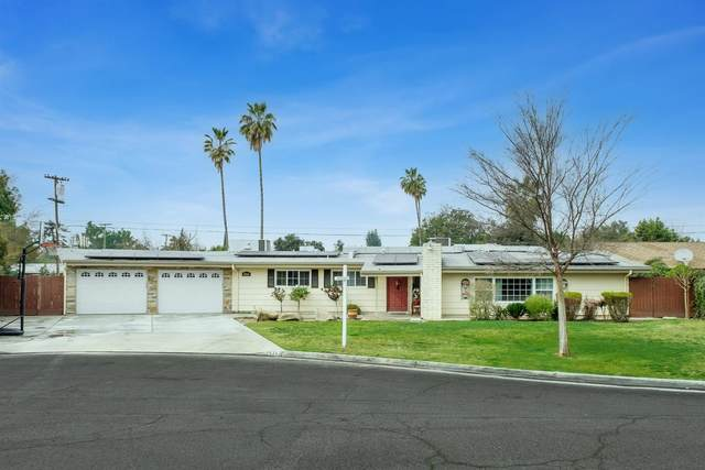 5263 N Vagedes Avenue, Fresno, CA 93711 (#554703) :: Raymer Realty Group