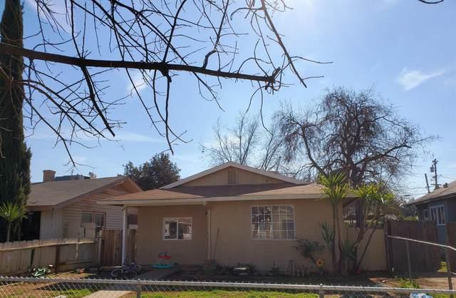 2624 E Clay Avenue, Fresno, CA 93701 (#554893) :: Raymer Realty Group