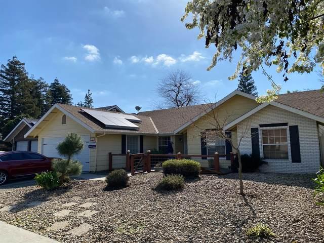 1183 E Decatur Avenue, Fresno, CA 93720 (#554960) :: FresYes Realty